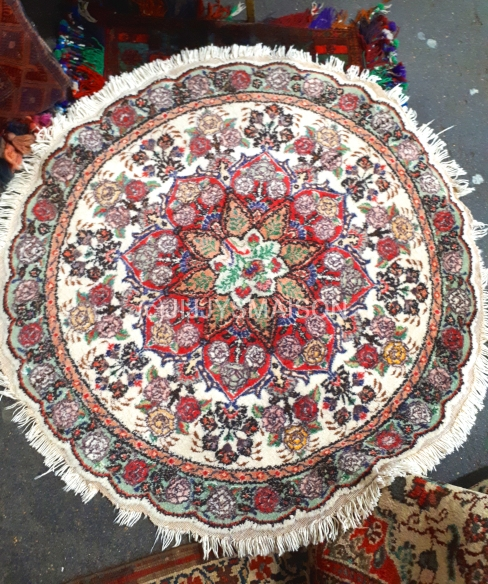 Valuable rugs Ltd