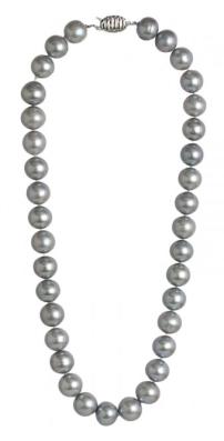 Grey Pearls 2